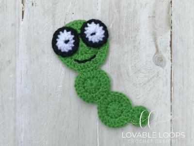 free bookworm bookmark crochet pattern