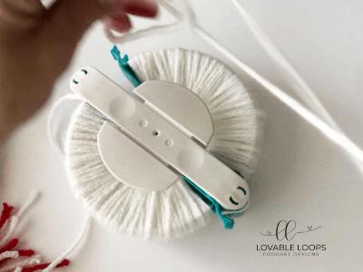 free candy cane beanie hat crochet pattern