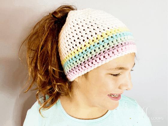 messy bun beanie free crochet pattern
