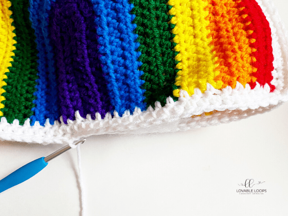 rainbow pillow free crochet pattern