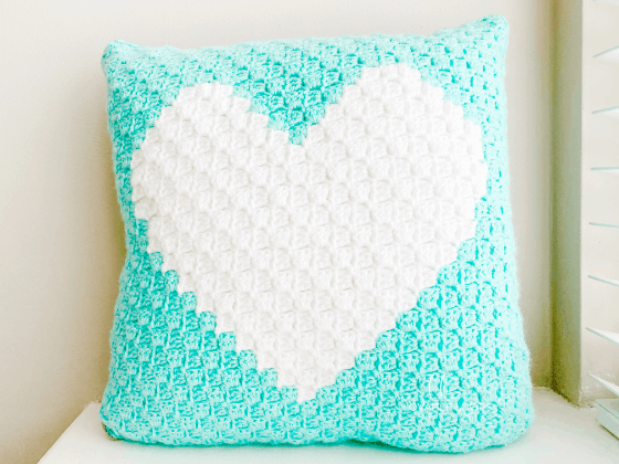 corner to corner heart pillow crochet pattern