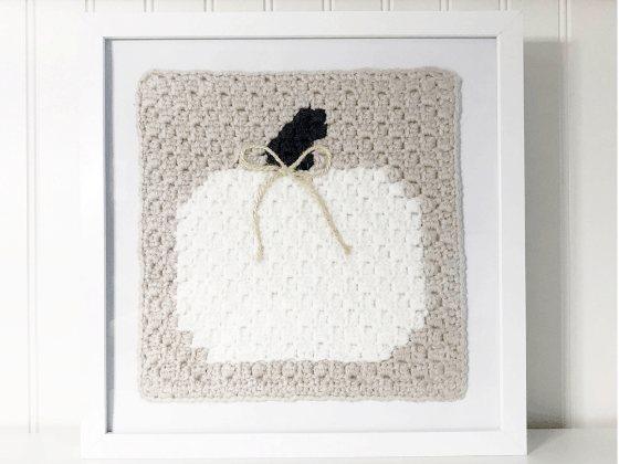 white pumpkin art crochet pattern